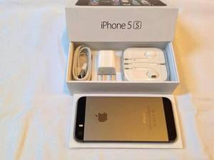 Продаем Apple, iPhone 5 с и Samsung S4