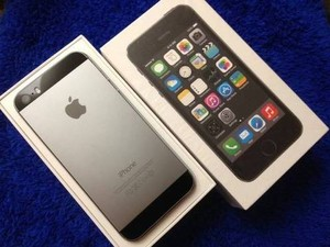 Новый Apple iPhone 5S, Samsung Galaxy S4, Sony Xperia Z1