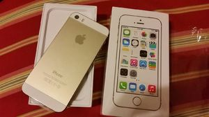 New: Apple iPhone 5s Gold
